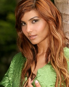 Beautiful Great Lengths Extensions. Model and Bollywood Actress Somy Ali